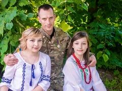 Роман з дружиною Юлією та донечкою Владиславою