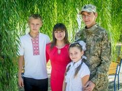 Олександр та Марина з сином Максимом та донькою Христиною